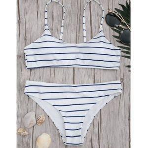✨3/$30✨ Zaful Striped Bralette Bikini